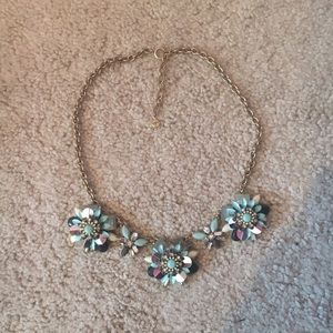 ⭐️Loft Statement Necklace